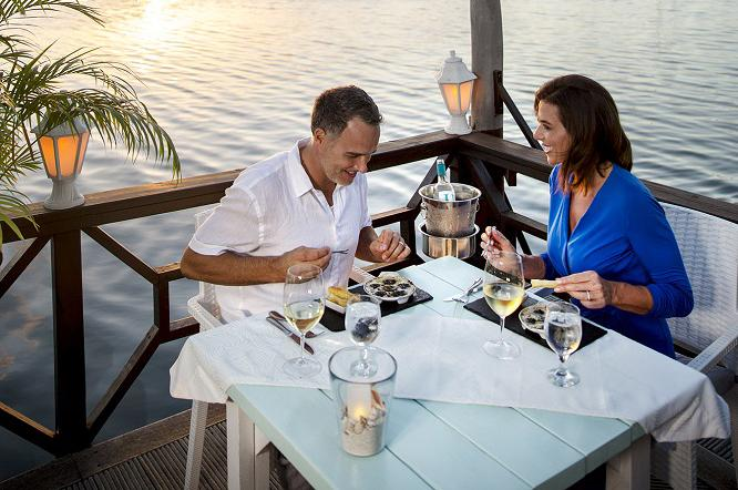 Romance Deserves a Sunset – Amuse Sunset Restaurant