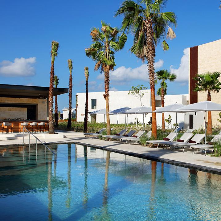 pool view of Grand Palladium Hotel