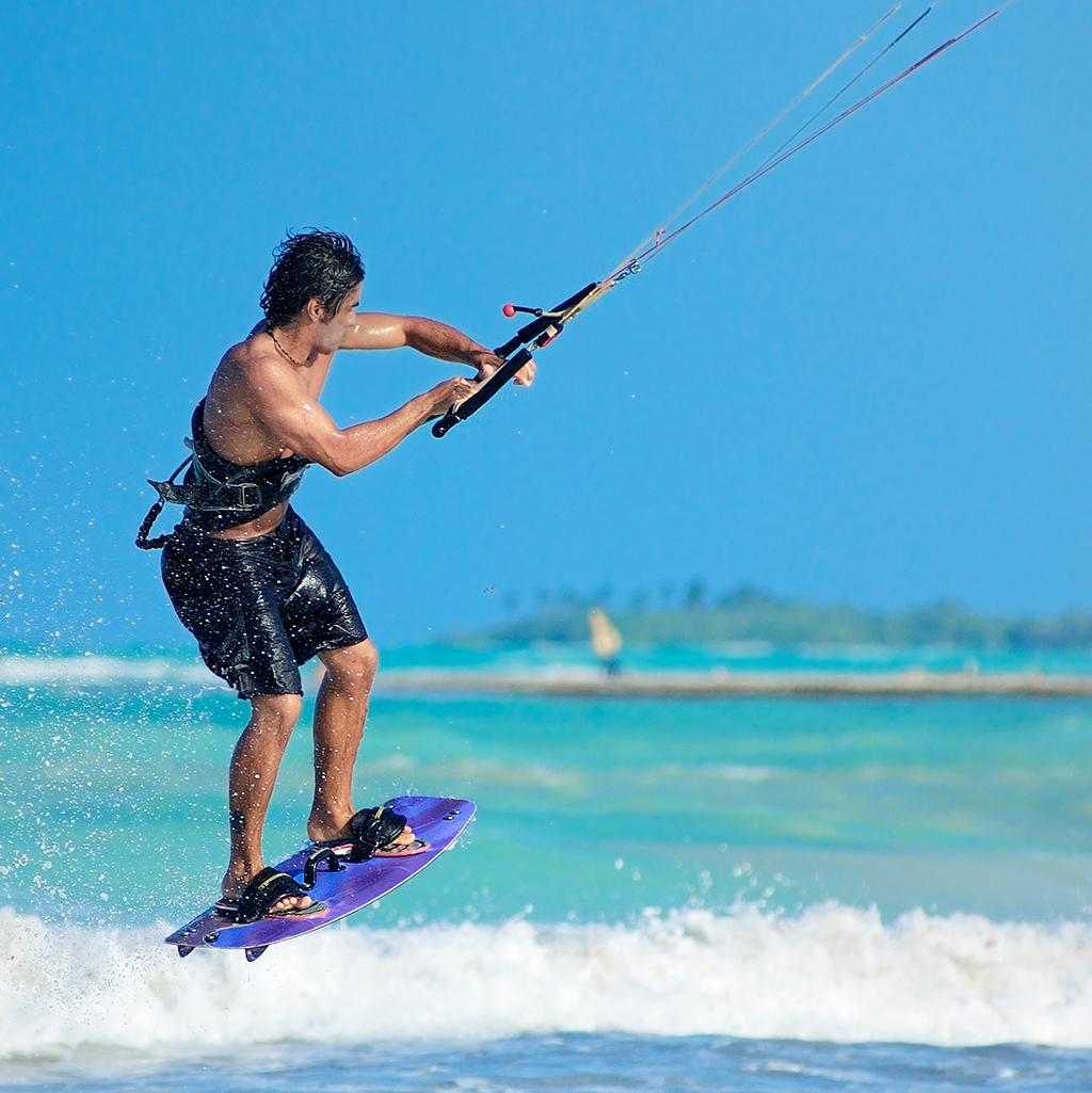 Kitesurfing in Acapulco Mexico on vacation