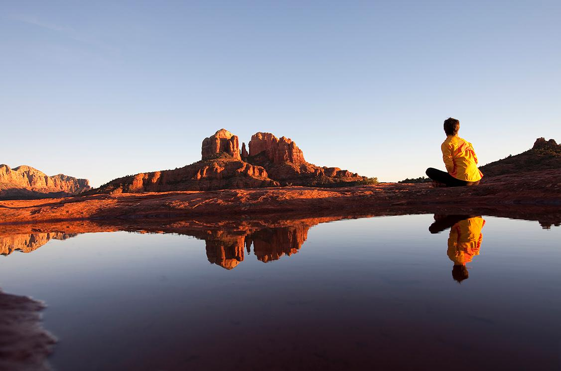 Experience Arizona's expansive deserts and stunning rock formations with Arizona tours
