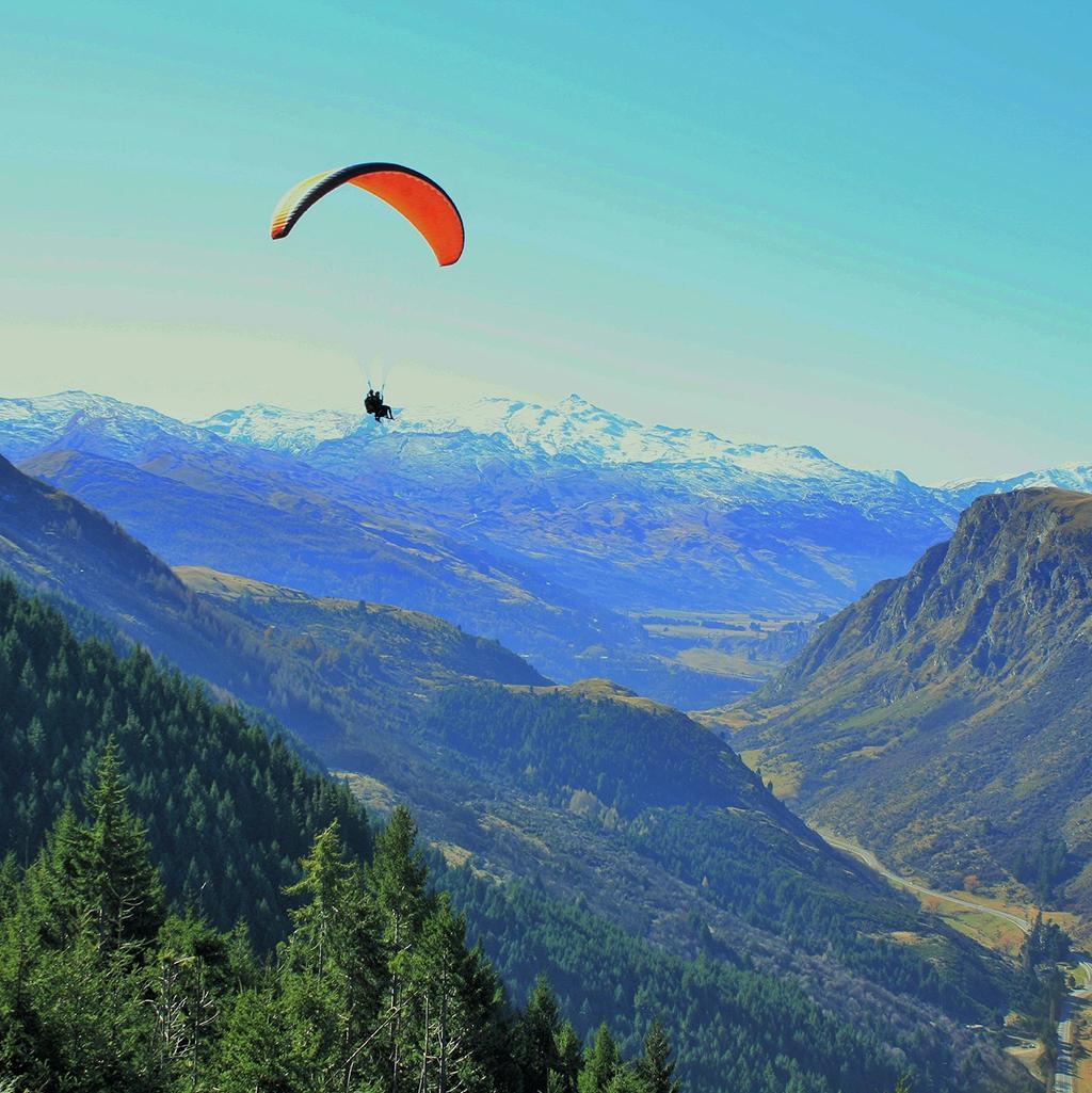 Paragliding in Queenstown South Island NZ