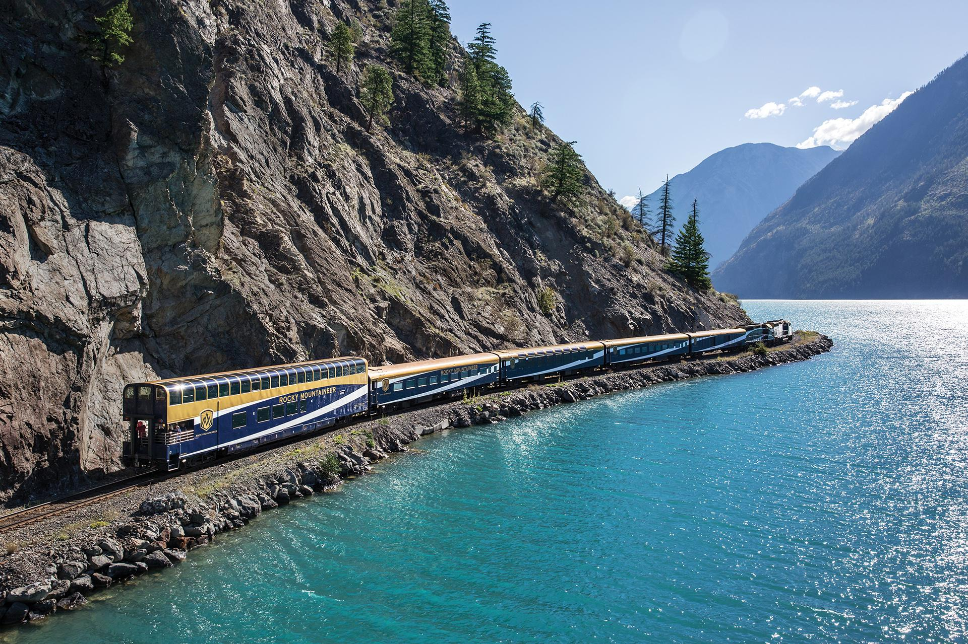 8 Spectacular Sights of Canada from a Train's-Eye View