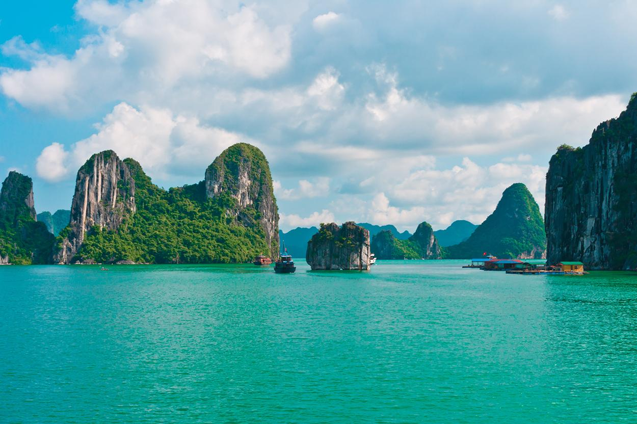 View the beautiful coastline with a Vietnam vacation