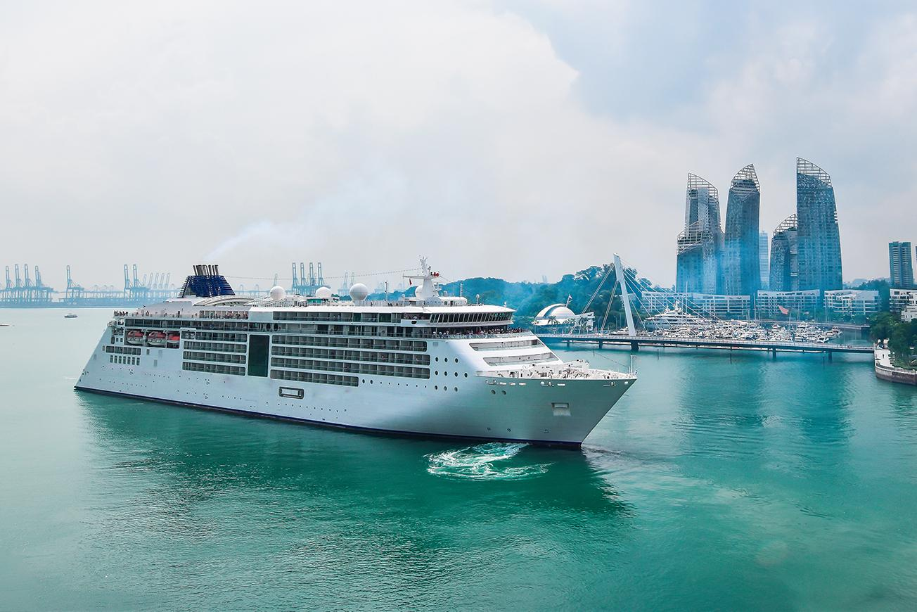 Views of rural landscapes and scenic cities with Asia cruises