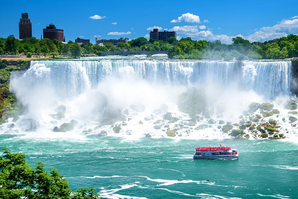 Visit Niagara falls with Canada tours & excursions
