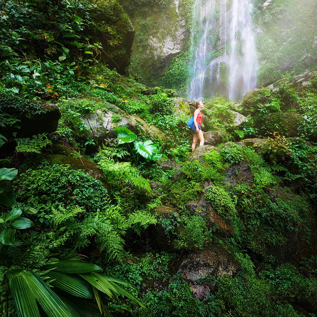 Waterfall hiking with Central America vacation packages