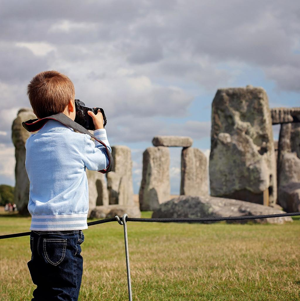 View of Stonehenge on an England vacation package