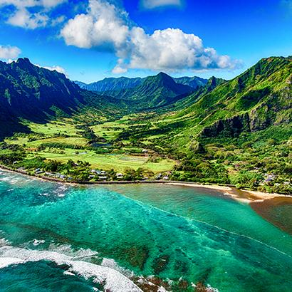 aerial views of Hawaiian mountains