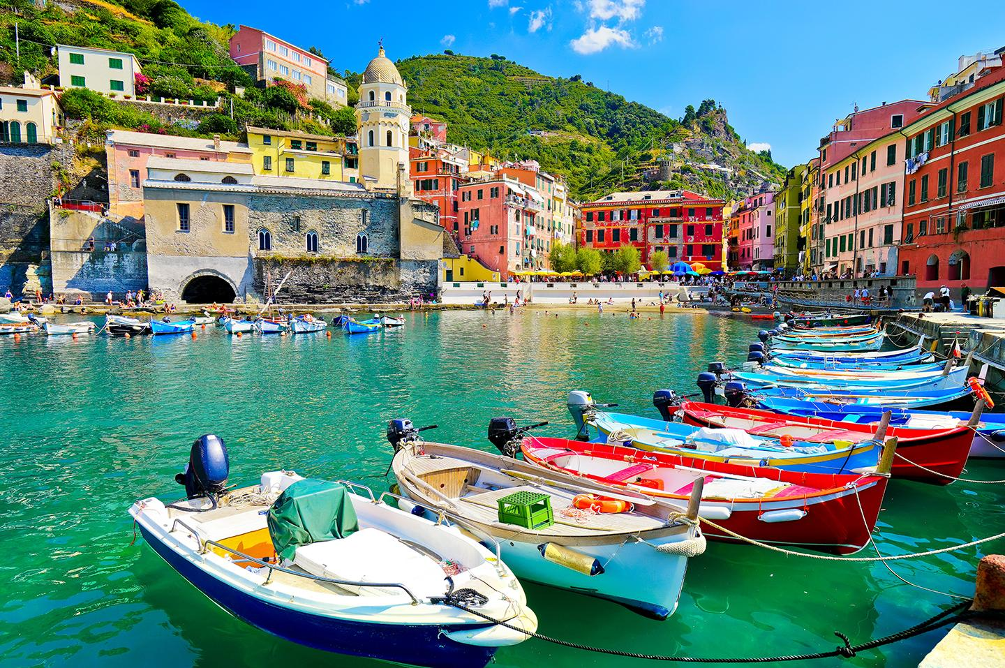 Visit quaint coastal towns with Italy guided tours & excursions