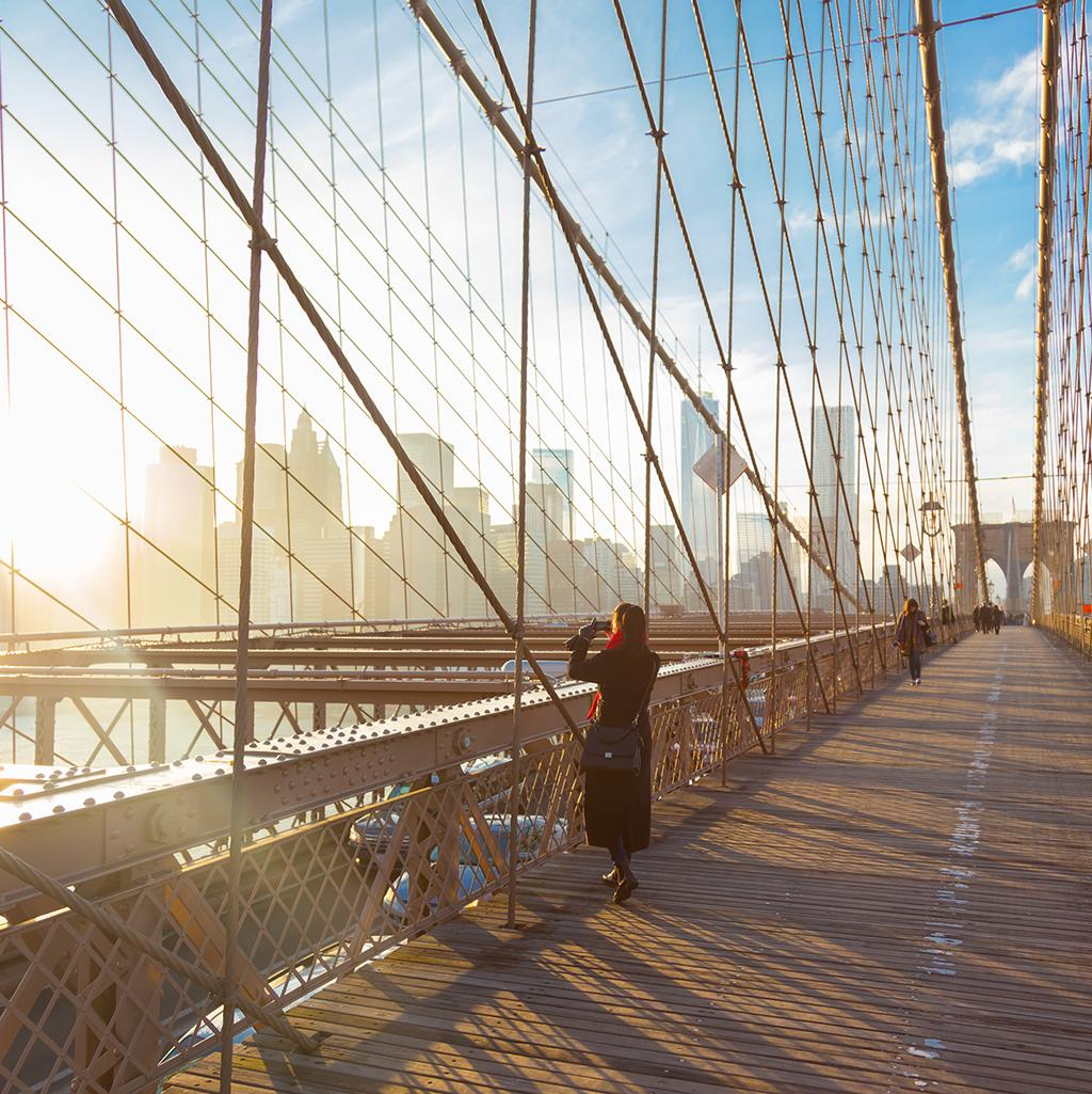 Taking photos from the Brooklyn Bridge in New York City