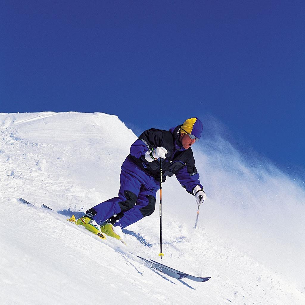 Man skiing in Oregon