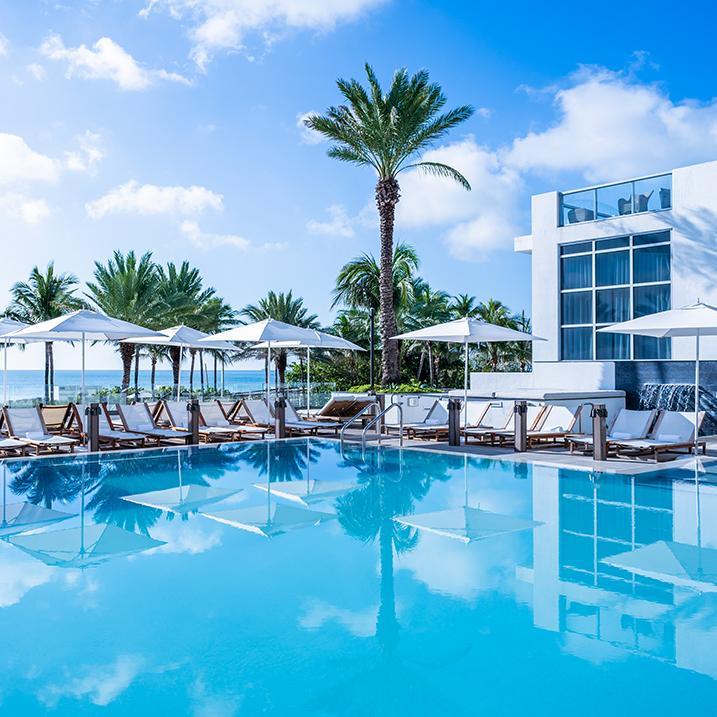 pool view of Eden Roc