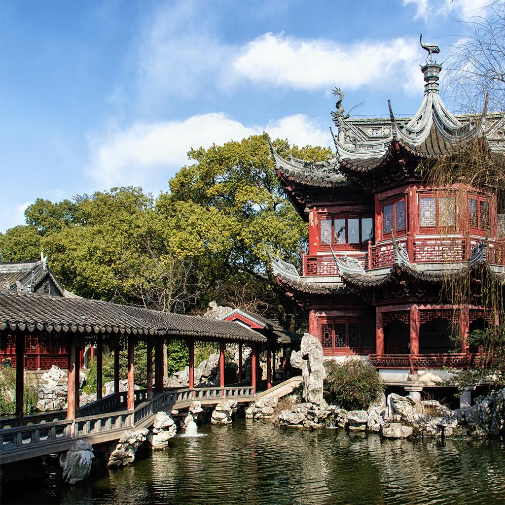 Views of traditional Chinese architecture in Shanghai