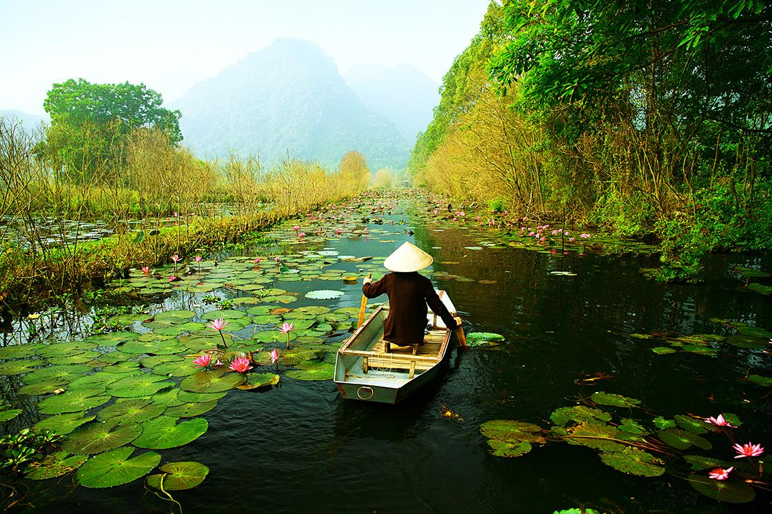 Paddle down rural canals with exclusive Vietnam tours